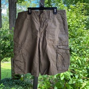 Men's American Eagle cargo shorts